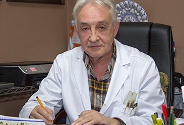 carlos-pedro-contreras-rosino-medicina-interna